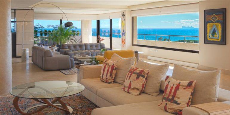 1,1 Luxury Beach Side Penthouse Marbella