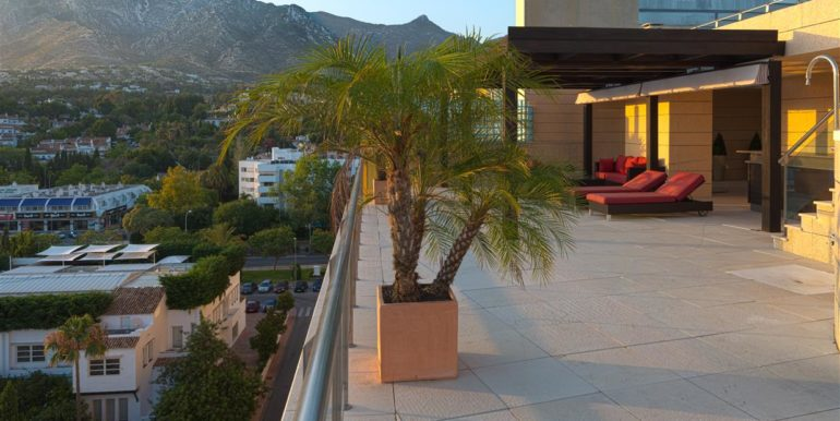 20. Luxury Beach Side Penthouse Marbella