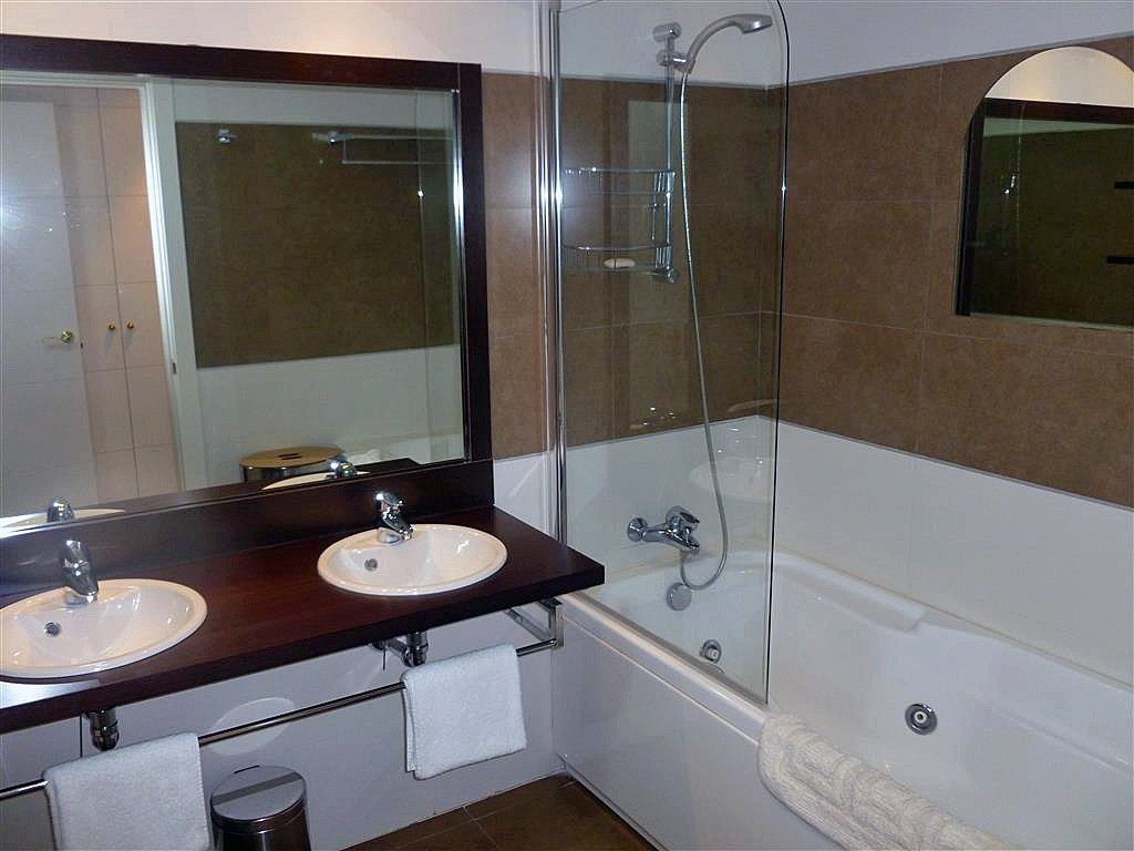 2 Bedroom Apartment In Benahavis For Sale