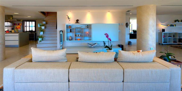 5. Luxury Beach Side Penthouse Marbella