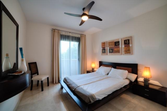 5-front-line-golf-apartment