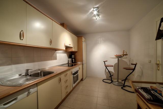 9-front-line-golf-apartment