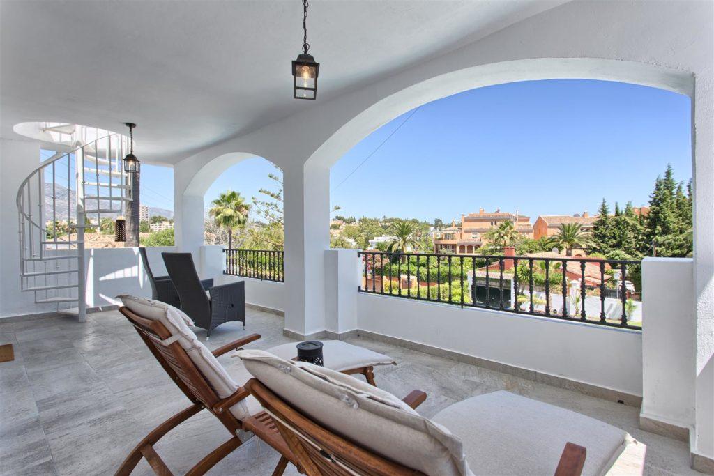 4 Bedroom Villa Nueva Andalucia